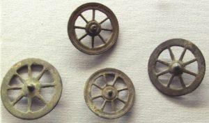 タラニス信仰の奉納品-車輪